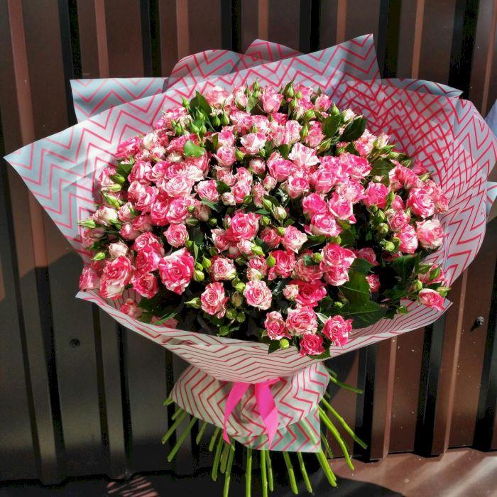Букеты кустовых роз картинки