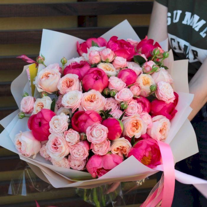 букет пионы с розами фото правдивая книга подвиге