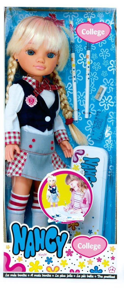 """Кукла """"Нэнси в колледже"""""""