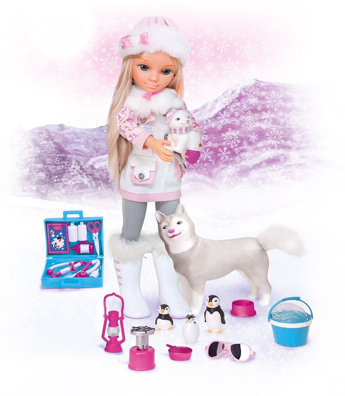 Кукла Нэнси в наборе с фигурками зимних животных