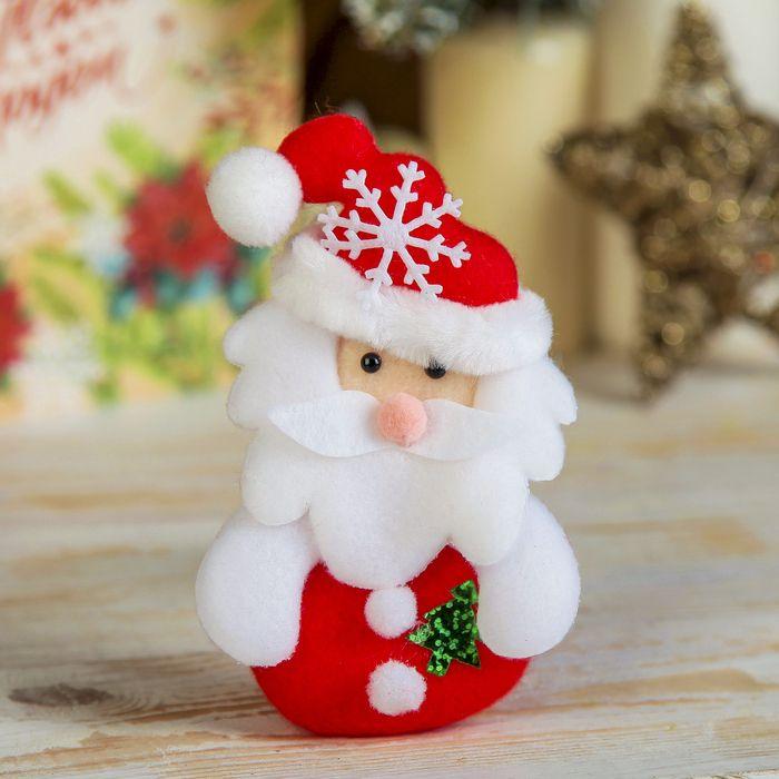 """Мягкий магнит """"Дед Мороз с ёлочкой"""" 13 см красный"""