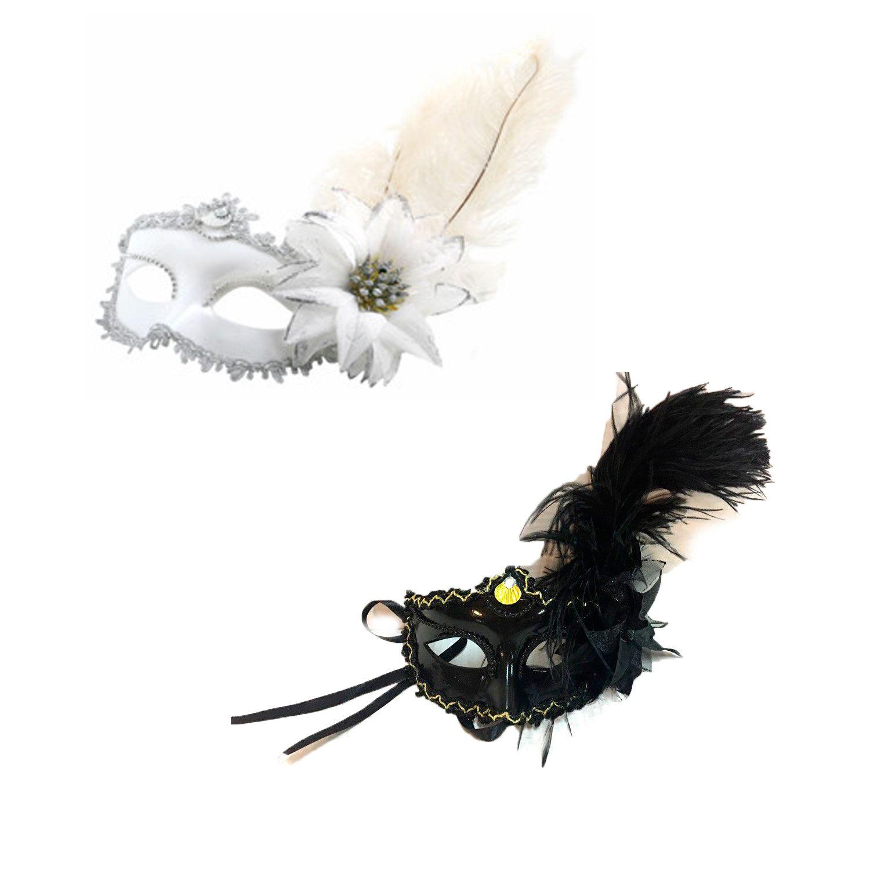 Новогодняя маска с перьями и цветком
