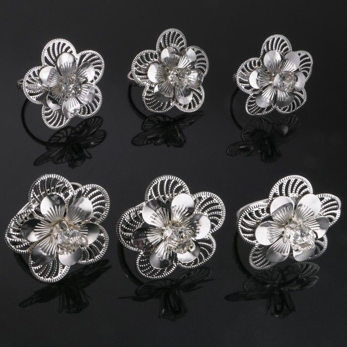 Набор колец для салфеток «Цветы», 6 шт, D=5.5 см, 7×7×7 см, с кристаллами Сваровски